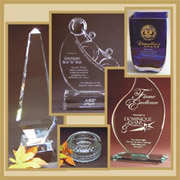 Awards, Vases, Paperweights, Ornaments & Gift Items in Crystal, Clear Glass and Jade Glass